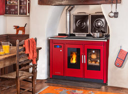 Traditional Smart 120 in red hob covers open
